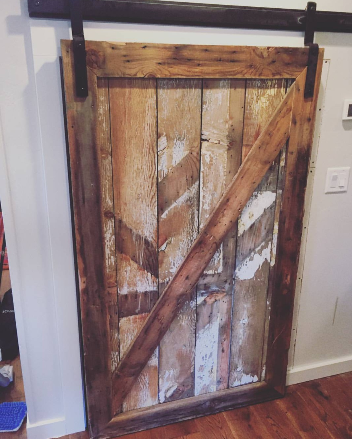 Sliding barn doors custom in bend oregon by scavenger for Reclaimed wood oregon